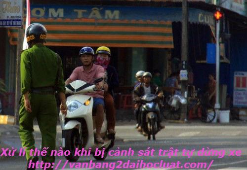 canh-sat-trat-tu