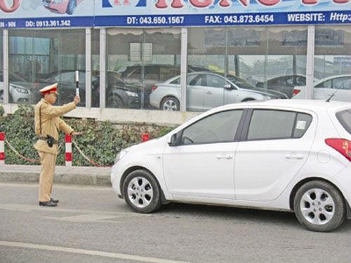 Xử lý lỗi đi sai làn đường đối với ô tô